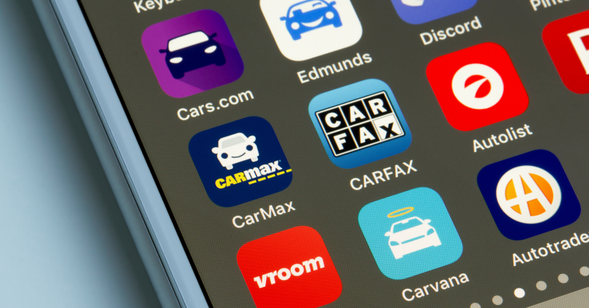How Car Dealerships Can Compete with Carvana and Vroom